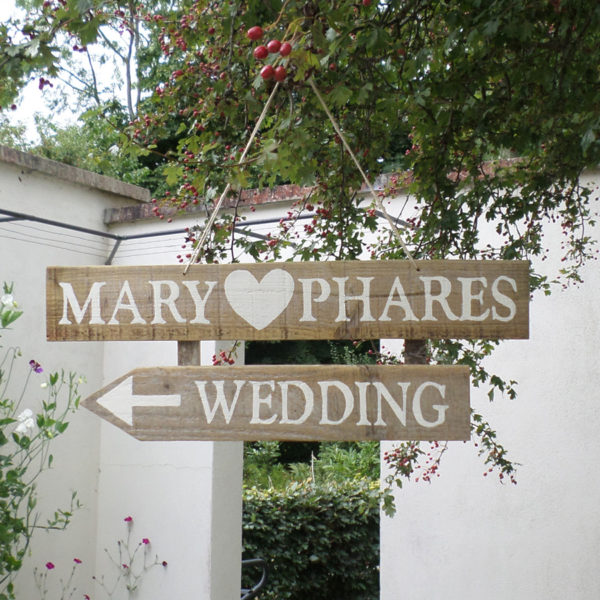 vintage style wedding sign personalised hand painted sign