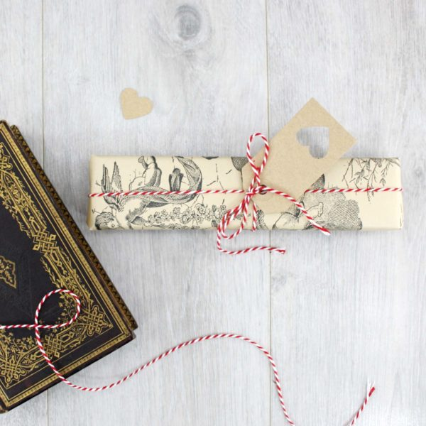 gift wrapping paper for charlotte bronte gifts 1
